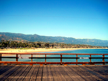 &lt;p&gt;Santa Barbara Beach (Foto: ©&amp;nbsp;&lt;a href=&quot;https://www.flickr.com/photos/80135679@N02/&quot; target=&quot;_blank&quot;&gt;MamaOT&lt;/a&gt;,&amp;nbsp;(&lt;a href=&quot;https://creativecommons.org/licenses/by/2.0/&quot; target=&quot;_blank&quot;&gt;CC BY 2.0&lt;/a&gt;) via Flickr.com)&lt;/p&gt;<br/>