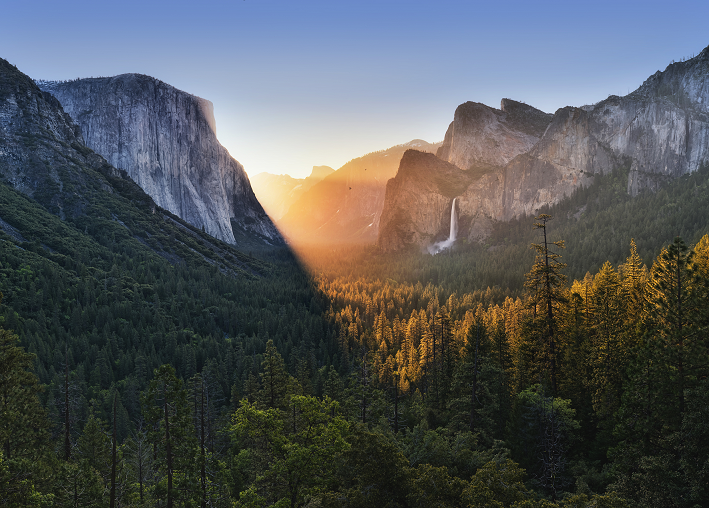 &lt;p&gt;Im Yosemite-Nationalpark (Foto:&amp;nbsp;©&amp;nbsp;&lt;a href=&quot;https://www.flickr.com/photos/justinwkern/&quot; target=&quot;_blank&quot;&gt;Justin Kern&lt;/a&gt;, (&lt;a href=&quot;https://creativecommons.org/licenses/by-nc-nd/2.0/&quot; target=&quot;_blank&quot;&gt;CC BY-NC-ND 2.0&lt;/a&gt;) via Flickr.com)&lt;/p&gt;<br/>